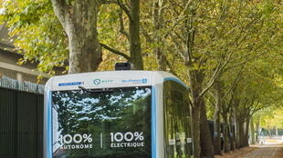 As vans autônomas circulando no Bois de Vincennes