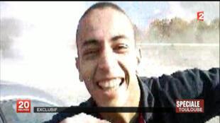 Extrato de um vídeo que mostra Mohammed Merah