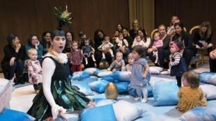 Après Londres et Paris, «BanbinO» un opéra de 40 minutes destiné aux tout petits s'est joué au Metropolitan Opéra à New-York aux Etats-Unis.