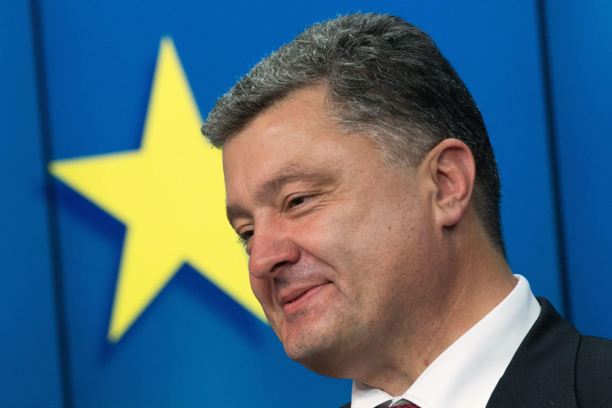 Presidente da Ucrânia, Petro Porochenko, esteve na reunião de cúpula dos líderes europeus, em Bruxelas.