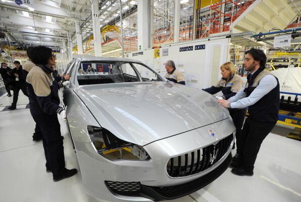 La nouvelle usine de production de voitures de Maserati, à Grugliasco, près de Turin en Italie, qui produira le nouveau modèle de berline luxe, la Quattroporte.