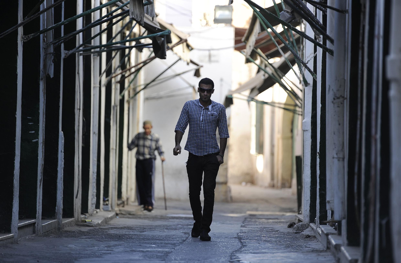 Imagem das ruas desertas de Tripoli em 14 de agosto de 2011. A foto foi autorizada pelo governo.