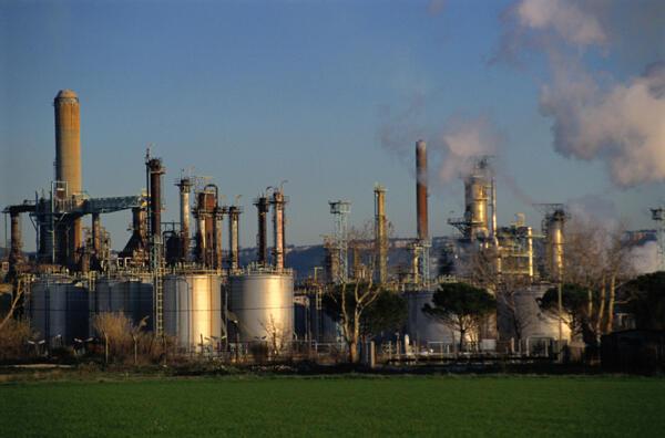Raffinerie de pétrole.