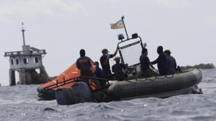 La Marine philippine poursuit ce dimanche 18 août ses opérations de recherche d'éventuels survivants dans le port de Cebu.