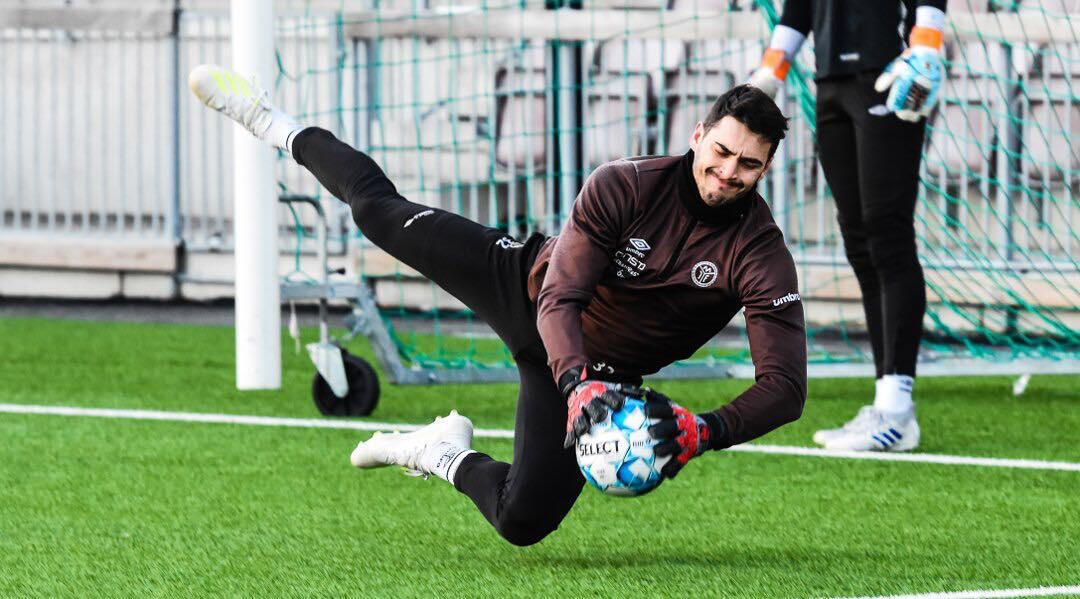 Miguel Vieira, guarda-redes português do Mjøndalen IF.