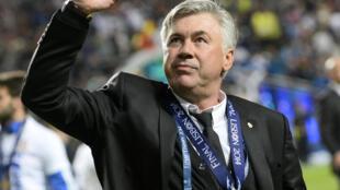 La joie de l'entraîneur italien du Real Madrid, Carlo Ancelotti, après la victoire face à l'Atlético Madrid, en finale de la Ligue des Champions, le 24 mai 2014 à Lisbonne