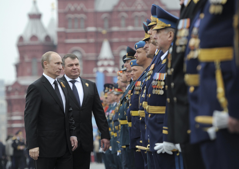Владимир Путин на параде Победы, 9 мая 2012