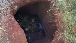 El fin del túnel por el que huyeron los presos.