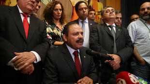 O presidente interino da Câmara dos Deputados, Waldir Maranhão, em coletiva de imprensa nesta segunda-feira (9), em Brasília.