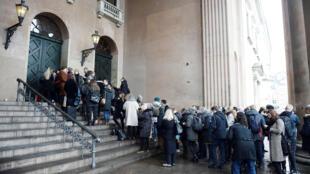 Frente do tribunal, onde acontecerá o julgamento do dinamarquês Peter Madsen, acusado de assassinar e desmembrar a jornalista sueca Kim Wall. Copenhague, Dinamarca, em 8 de março de 2018.