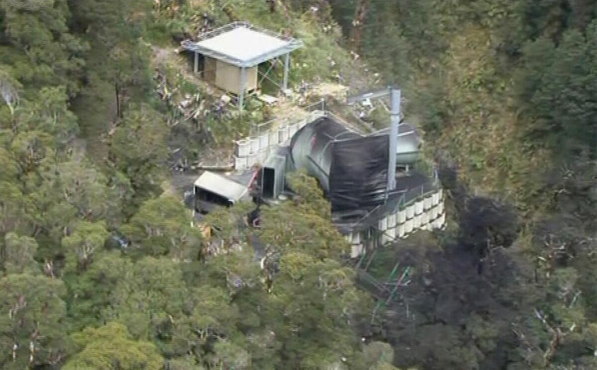 Tragédia na Nova Zelândia após explosão de uma mina na costa oeste do país.