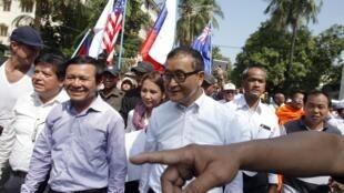 Sam Rainsy madugun adawa yana jagorantar zanga-zangar adawa da zaben Cambodia