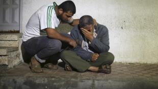 Les tirs israéliens sur Gaza, dans la nuit de samedi à dimanche, ont notamment tué une femme et sa petite fille.