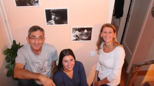 Mirko, Mediha et Mirna, une famille mixte à Sarajevo.