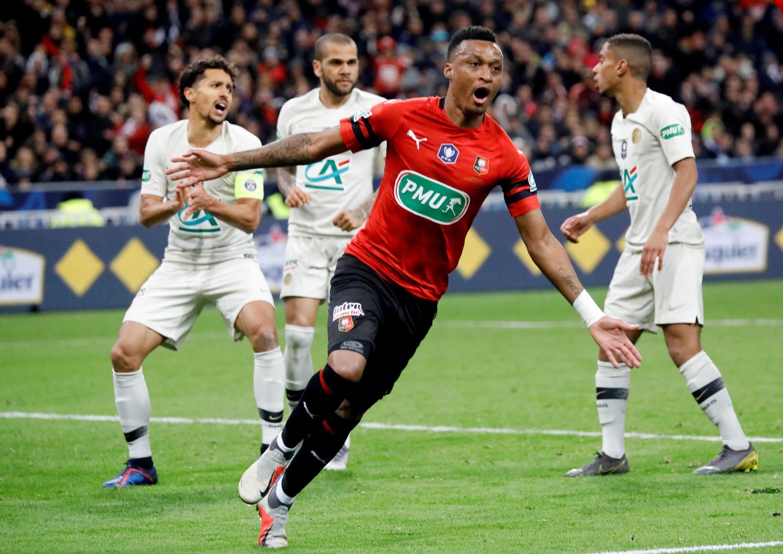 El conjunto de Stade Rennais, tras anotar el 2-2 frente al PSG en la final de la copa de la Liga 2019