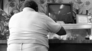 Um estudo publicado pela revista The Lancet neste 7 de fevereiro de 2011 revela que hoje em dia há duas vezes mais pessoas obesas ou acima do peso do que a 30 anos atrás.
