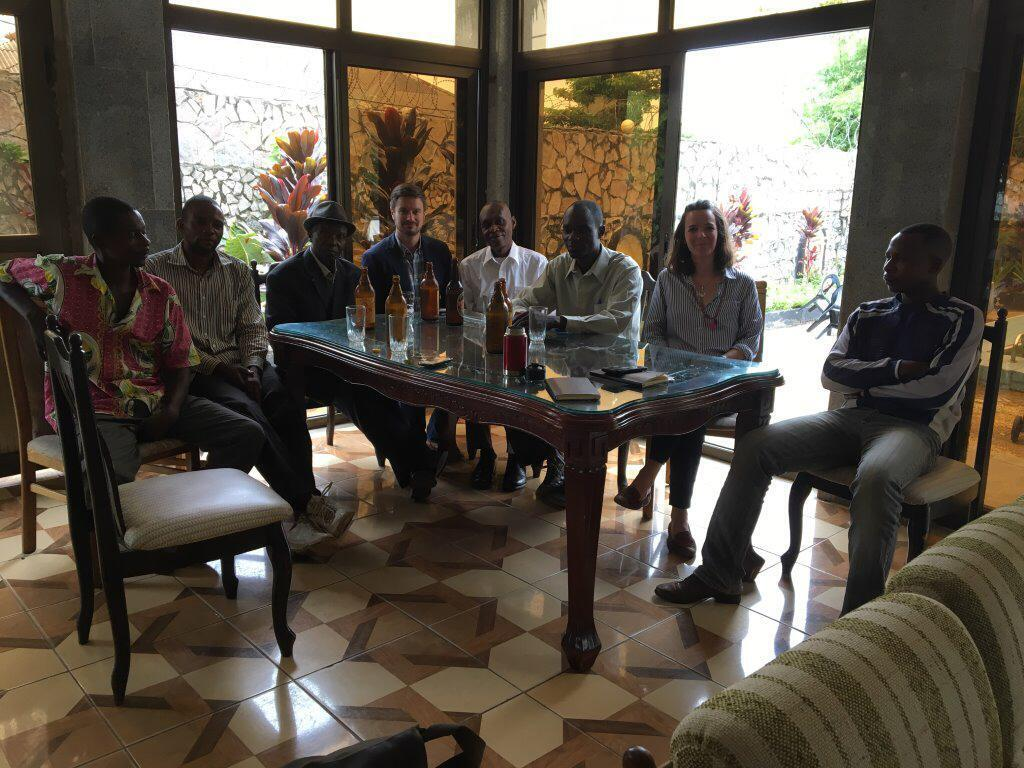 La veille de leur assassinat, les experts de l'ONU ont rencontré à l'hôtel Woodland Thomas Nkashama, José Tshibuabua et Betu Tshintela, trois collaborateurs des services de renseignement congolais.