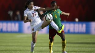 La Camerounaise Yvonne Leuko devancée par la Chinoise Wang Lisi.