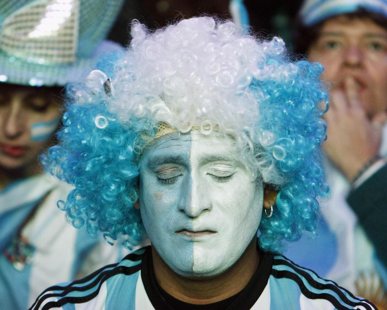 Au soir de la défaite face à l'Allemagne, la déception a été grande pour les supporters Argentins.