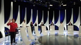 Les candidats à l'élection présidentielle lors du précédent débat télévisé, le 1er septembre 2014.