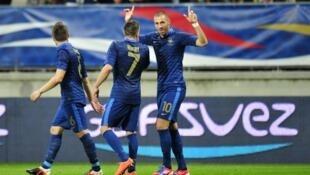 Karim Benzema a largement participé à la victoire de l'Equipe de France face à l'Estonie en marquant deux buts et en offrant une passe décisive.