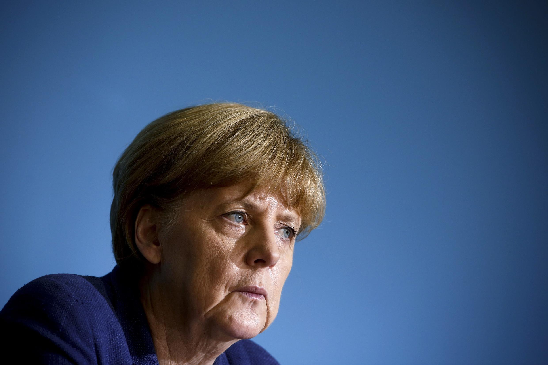 """A chanceler alemã Angela Merkel acredita que espionar de aliados é """"um gasto de energia""""."""