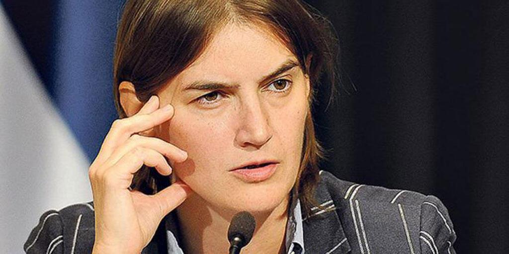 A 40 ans, Ana Brnabic obtient un portefeuille ministériel difficile.