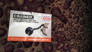Un prospectus de la campagne Leave Means Leave après une réunion publique en octobre 2018.