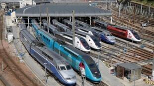 По данным SNCF, для окупаемости скоростных поездов TGV требуется продать от 60 до 80% билетов.