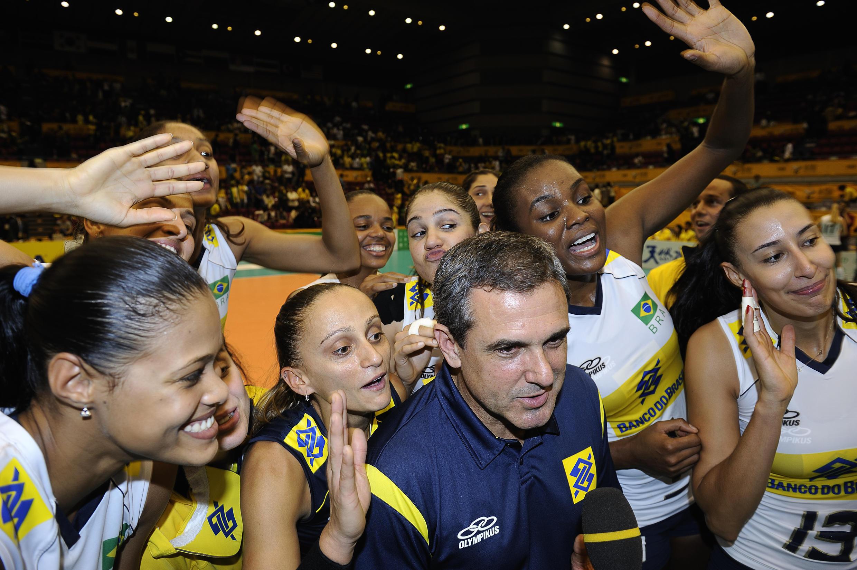 Brasil encerra primeira etapa do Mundial de Vôlei na liderança do grupo.