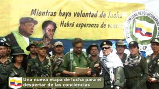 Image arrêtée d'une vidéo diffusée sur YouTube (www.farc-ep.info): on y voit Ivan Marquez et Jésus Santrich.
