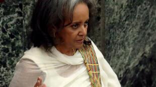 Sahle-Work Zewde prête serment devant le Parlement éthiopien après son élection, le 25 octobre 2018.