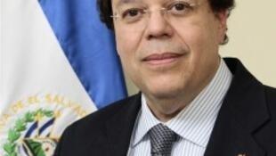 El embajador salvadoreño, Francisco Galindo.