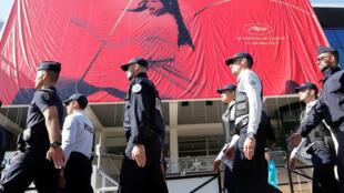 Policiamento foi reforçado em Cannes para o Festival de Cinema.