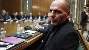 Bộ trưởng Tài chính Hy Lạp Yanis Varoufakis công du Châu Âu tìm hậu thuẫn để giảm nợ.