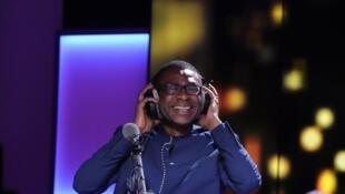 Youssou N'Dour dans le studio de RFI.