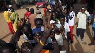 Fila de votação em Kano, na Nigéria, neste sábado.