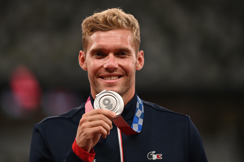 Le Français Kevin Mayer, médaillé d'argent au décathlon, le 6 août 2021 aux Jeux Olympiques de Tokyo 2020