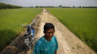 Đa số thành viên phe Áo Đỏ là nông dân và dân nghèo ở phía bắc và đông bắc Thái Lan.