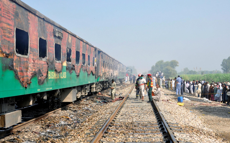 آتشسوزی مرگبار قطار در پاکستان