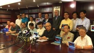 香港法律界人士發起全球聯署抗議中國逮捕大量律師2015年7月19日