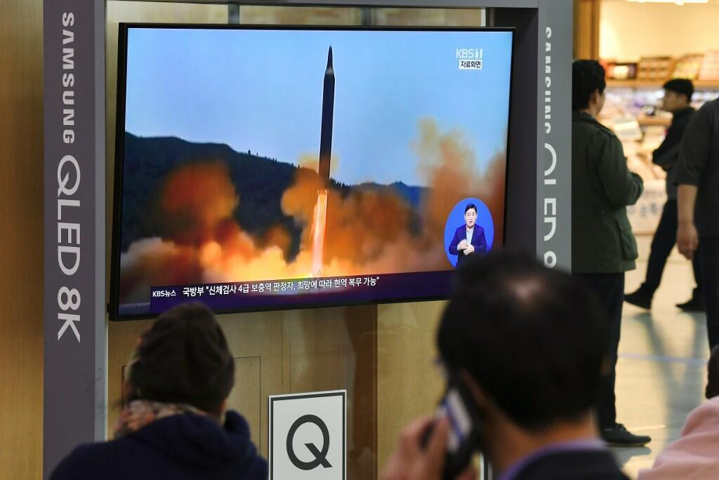 Hình ảnh vụ phóng tên lửa được phát trên truyền thông Hàn Quốc, Seoul ngày 28/11/2019.