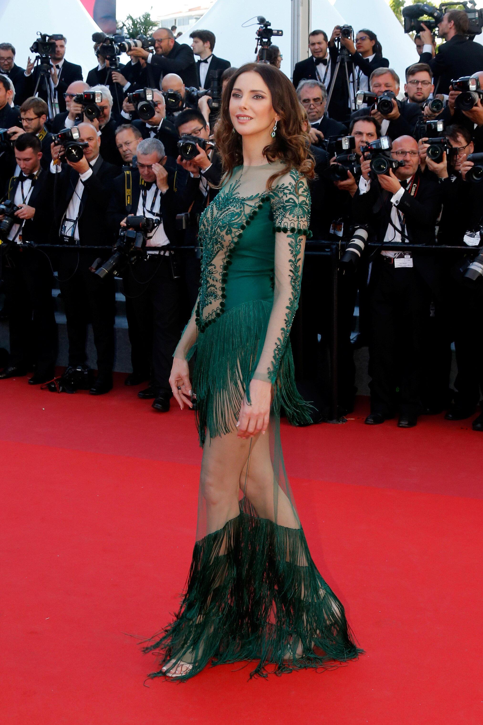 Самые затейливые платья каждый год у француженки Фредерик Бель