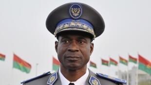Jenerali Gilbert Diendéré hapa mwaka 2011, mmoja wa wanajeshi waliongoza mapinduziya kijeshi nchini Burkina Faso, Septemba 17, 2015.