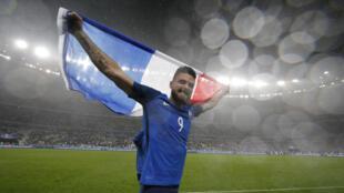 Tiền đạo Olivier Giroud sau chiến thắng lớn trước Iceland ở tứ kết  ngày 3/7/2016 trên sân Stade de France, Saint-Denis.