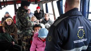 Contrôle d'identité avec l'EUBAM, la Mission d'Aide Frontalière de l'Union Européenne pour la Moldavie et l'Ukraine.
