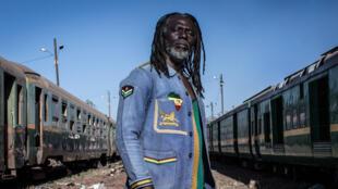 «Le Monde est chaud», nouvel album de Tiken Jah Fakoly enregistré à Abidjan.