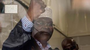 Mwanasheria na mwanaharakati wa vuguvugu la upinzani nchini Kenya, Miguna Miguna akiwa kwenye uwanja wa ndege wa Jomo Kenyatta. 26.03.2018.