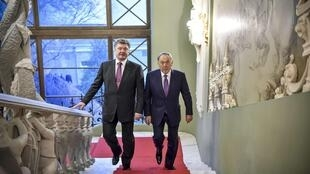 Tổng thống Ukraina Petro Porochenko tiếp người đồng cấp Kazakhstan Nursultan Nazarbayev, Kiev, 22/12/2014.