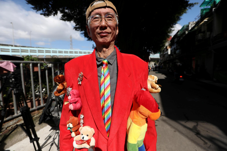 Một nhà hoạt động bảo vệ quyền của người đồng tính tham gia trưng cầu dân ý về hôn nhân đồng tính, Đài Bắc, Đài Loan, ngày 24/11/2018.